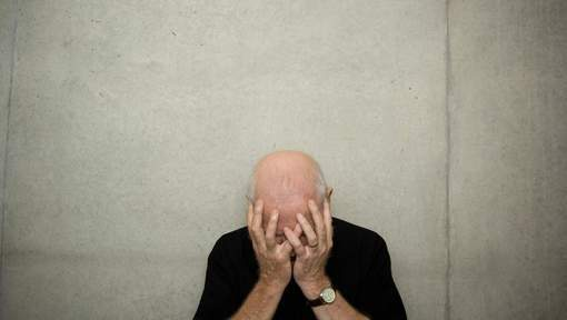 """Vierge à 58 ans : """"Le même cauchemar tous les jours"""""""