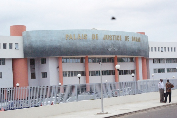 Le trafiquant Nigérian John Obi a frôlé la liberté.