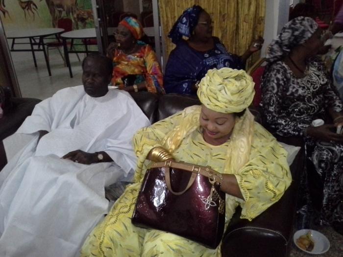 Le chanteur Gorgui Ndiaye reçoit 2 millions de la part d'une cousine du président Diouf
