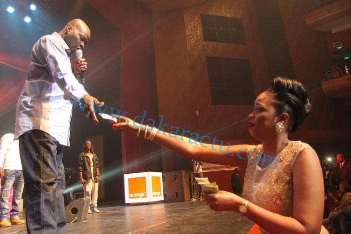 """Les images de la soirée de Fata """"El Présidente"""" au Grand Théâtre National"""