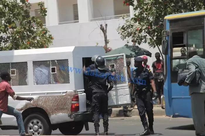"""Comment la police a mouillé le pétard des """"Karimistes"""""""