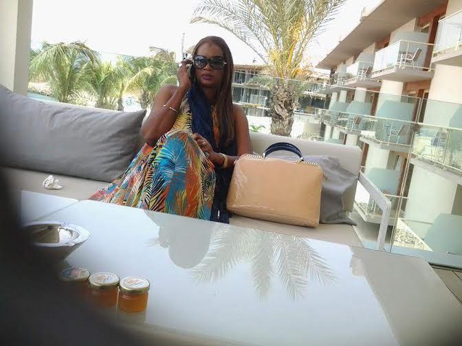 La voyante N'dèye Djina Sabaly en mode décontracté