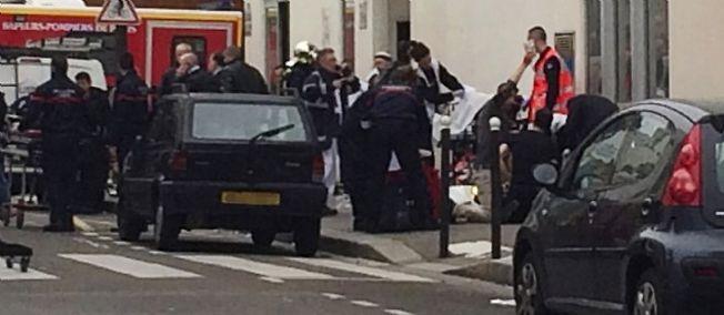 "Attentat chez ""Charlie Hebdo"" : 11 morts, dont 2 policiers"
