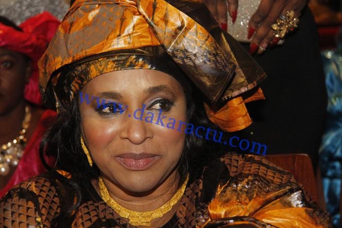 "Wally Ballago Seck à sa mère : ""Yaye fi kofi geunoul geunoula"""