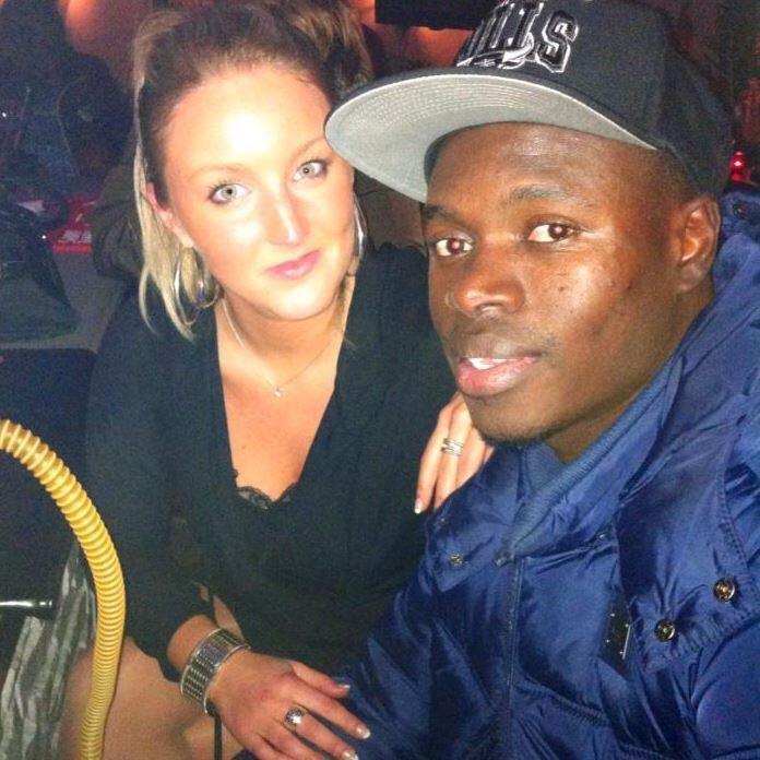 Arrêt sur image!   Zargo Touré international Sénégalais évoluant au Havre avec sa dulcinée Florine Duquénoy