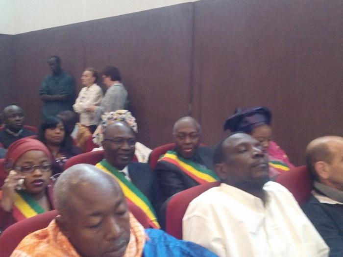 La véritable raison de la présence des députés au palais de Justice