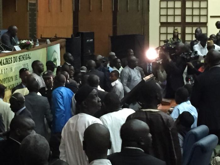 AMS : désordre et brouhaha au moment du vote