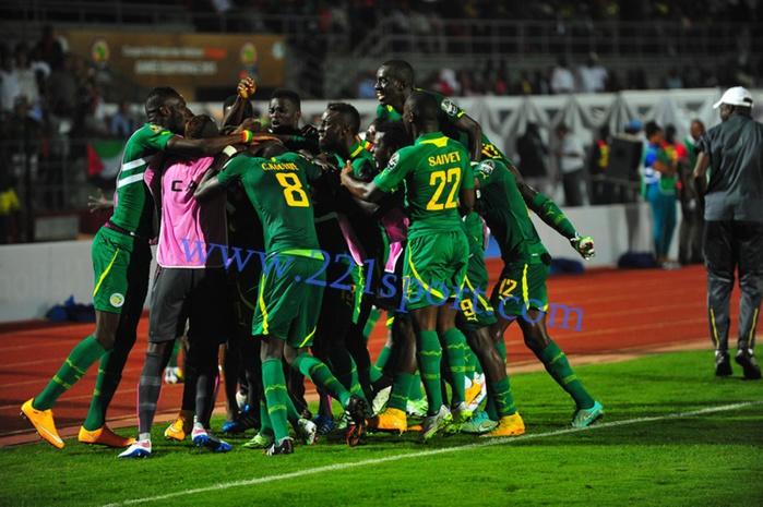 Le Sénégal gagne sa première sortie devant le Ghana (2-1)