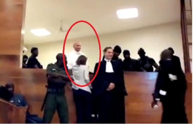 Procès : Karim Wade brutalisé de nouveau, selon ses avocats