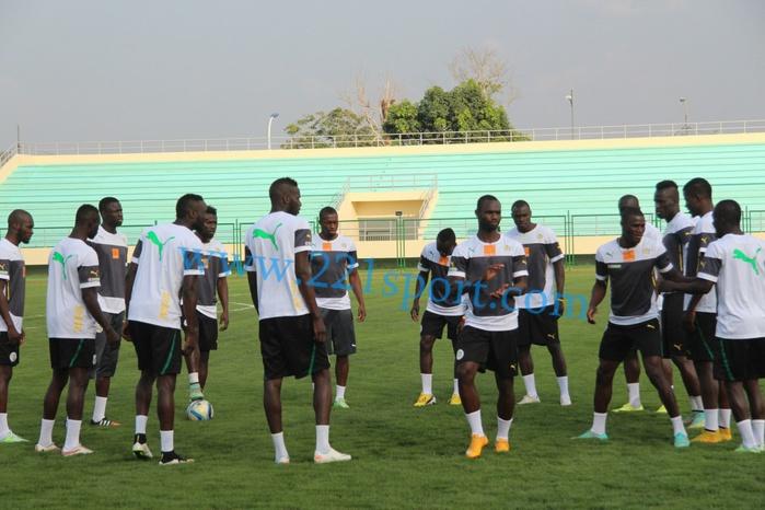 """Mongomo : Séance d'entrainement des """"Lions"""" après la victoire d'hier devant le Ghana"""