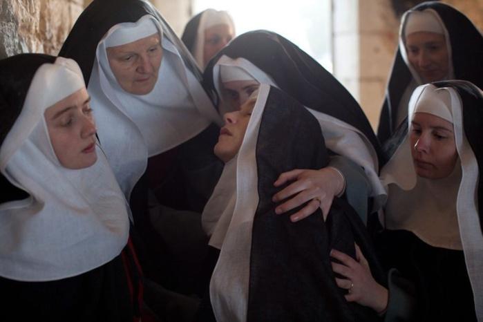 Une religieuse accouche sans savoir qu'elle était enceinte