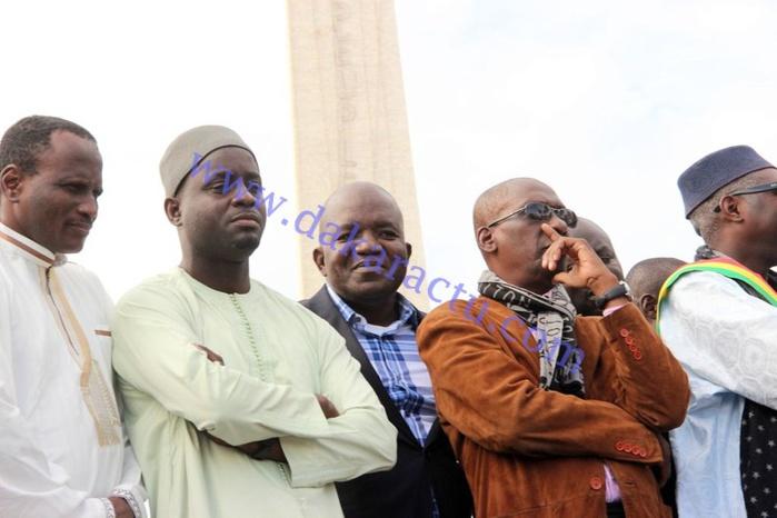 """Mobilisation contre """"Charlie Hebdo"""" : les leaders de l'opposition et du pouvoir en parfaite communion"""