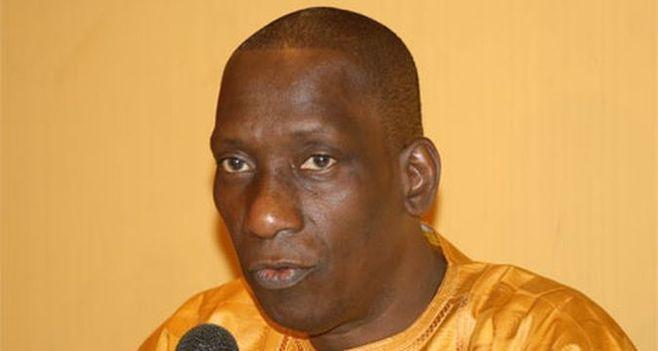 """Yaba Diop, Frère de Diop Decroix :  """"Mon frère est traité comme un malfrat, alors qu'il est ancien ministre et de surcroît député (...)"""""""