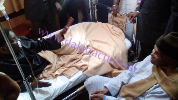 Me Abdoulaye Wade a rendu visite à Mamadou Diop Decroix à l'hôpital