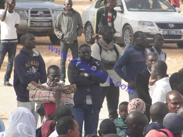 Place de l'Obélisque : les manifestants commencent à arriver sur les lieux