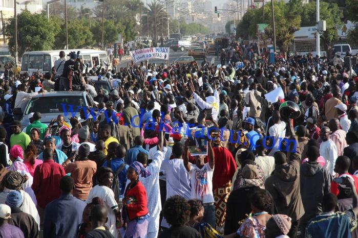 Les images de la très forte mobilisation du parti démocratique sénégalais à la Place de l'Obélisque