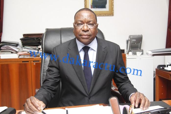 Le ministre des affaires étrangères Mankeur Ndiaye reçoit Luis Campos FERREIRA
