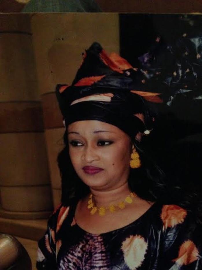 Rougui Bousso de l'APR :   « Abdoulaye Wade est Satan personnifié, il est incube (…) Wade est en train de  délirer pour avoir commandité le meurtre de Me Sèye (…) »