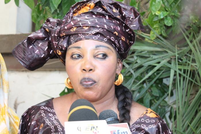 """Mme Diop Awa Guèye, Vice Présidente de l'Assemblée Nationale :    """"Wade fait pitié; sa place n'est ni en prison, ni dans une résidence surveillée, mais dans un centre psychiatrique!"""""""