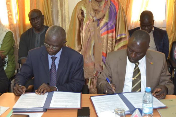 Signature de l'accord de coopération pour le contrôle de la pêche entre le Sénégal et la Guinéee-Bisau.
