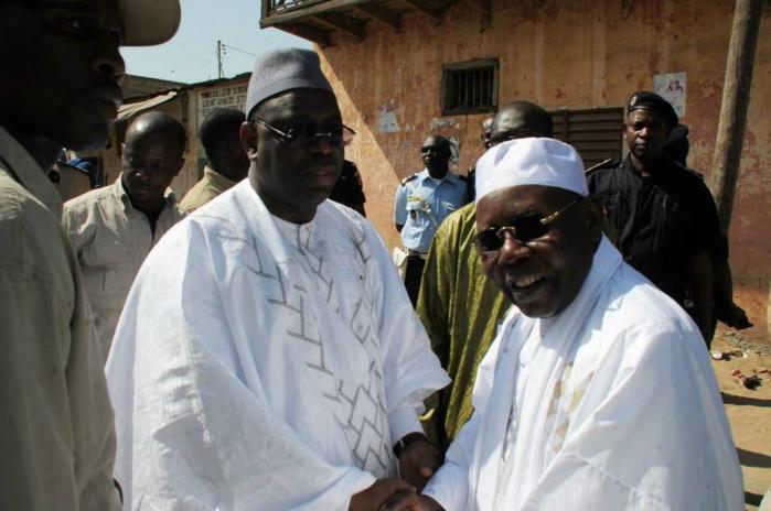 Quand Wade fait des émules : Macky Sall chez feue Sokhna Oumou avec une enveloppe de 10 millions cfa