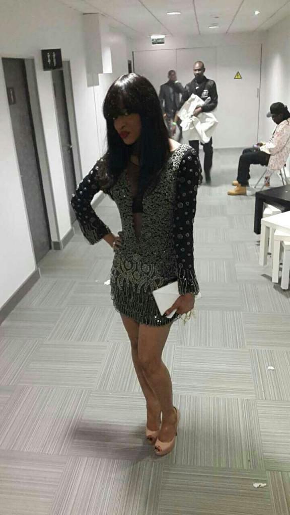 L'ex mannequin Nabouja Diallo dans une très belle robe au Grand Bégué de Paris