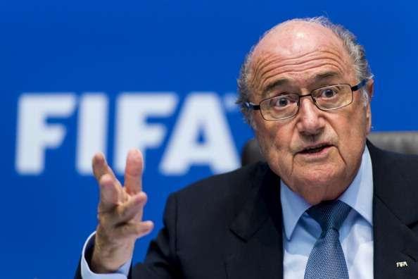 Présidence Fifa : le patron de la CAF réaffirme son soutien à Blatter
