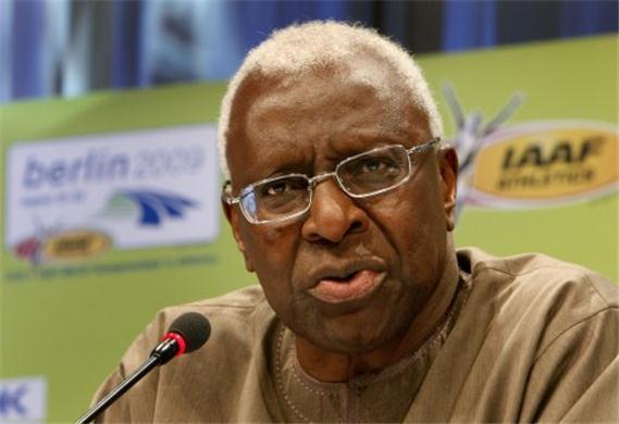 Réfection du stade Assane Diouf : Lamine Diack rappelle à Macky sa promesse
