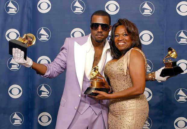 Kanye West : en toute complicité avec maman !