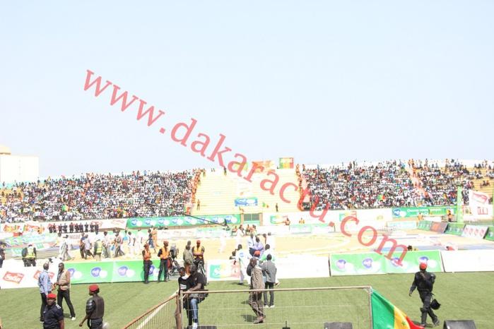 La liste des produits interdits aux lutteurs au stade Demba Diop