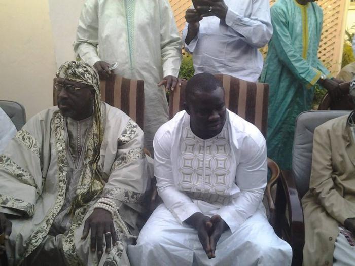 Le Grand Serigne de Dakar, El Hadji Abdoulaye Makhtar Diop, a reçu le lutteur Eumeu Sène à Terrou Baye Sogui