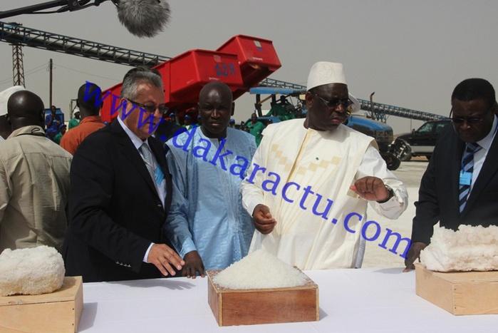Le président Macky Sall visite l'usine Les Salins du Sine Saloum (IMAGES)