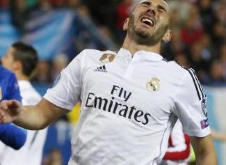Entorse du genou pour Benzema, il pourrait manquer le deuxième round face à l'Atlético
