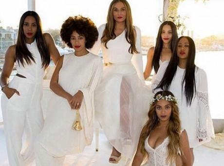 Beyoncé : parfaite demoiselle d'honneur au mariage de sa mère, Tina Knowles !