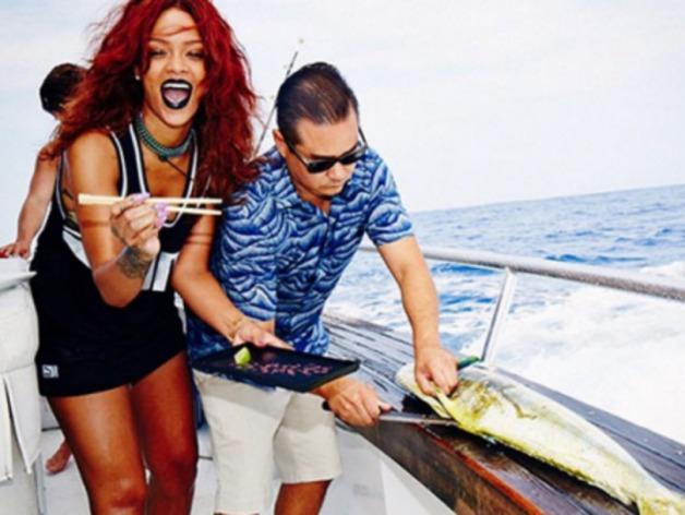 Rihanna : elle s'éclate en pleine mer