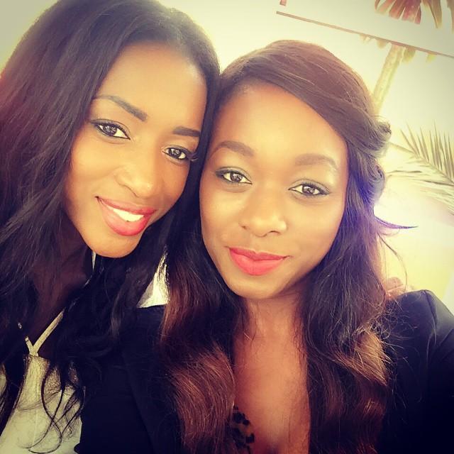 "Khady Ndiaye Bijou de ""Yewouleen"" pose avec Hapsatou Sy du Grand 8 sur Direct8"
