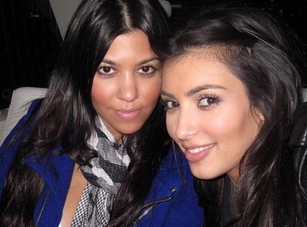 Kim Kardashian presque méconnaissable sur d'anciens selfies