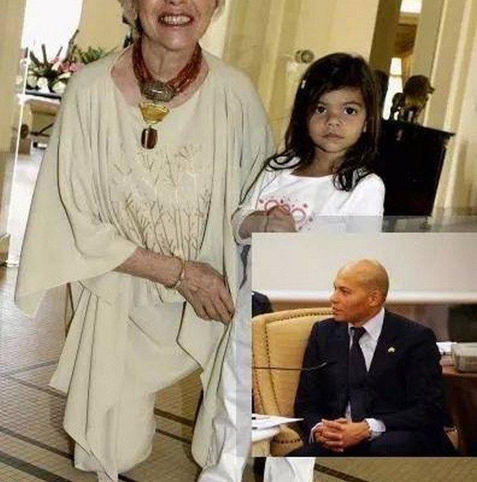 Rebeuss : Karim Wade passe 2 tours d'horloge avec ses enfants