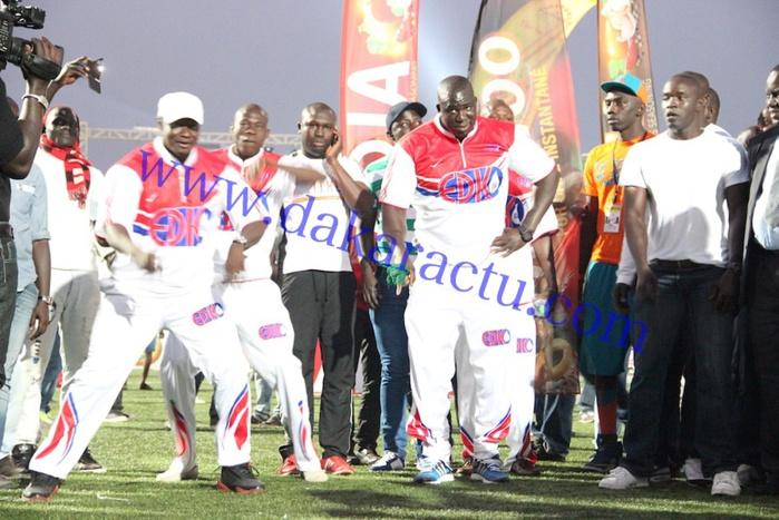 """Combat Gris Bordeaux/Tyson : Le """"bakk"""" de Yékini au Stade Demba Diop"""