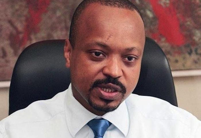 Revirement spectaculaire dans l'affaire Keinde- Les motifs de la réactivation du mandat d'arrêt international