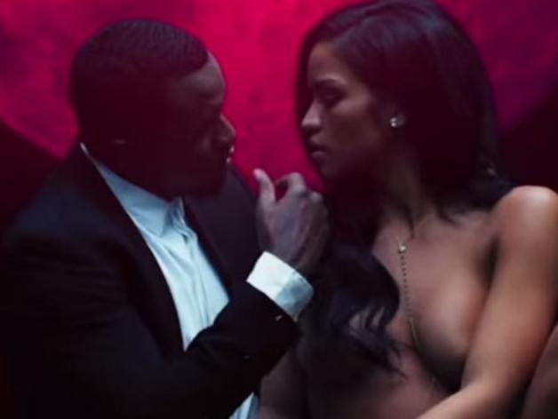 P. Diddy et sa petite amie nus pour vendre... du parfum