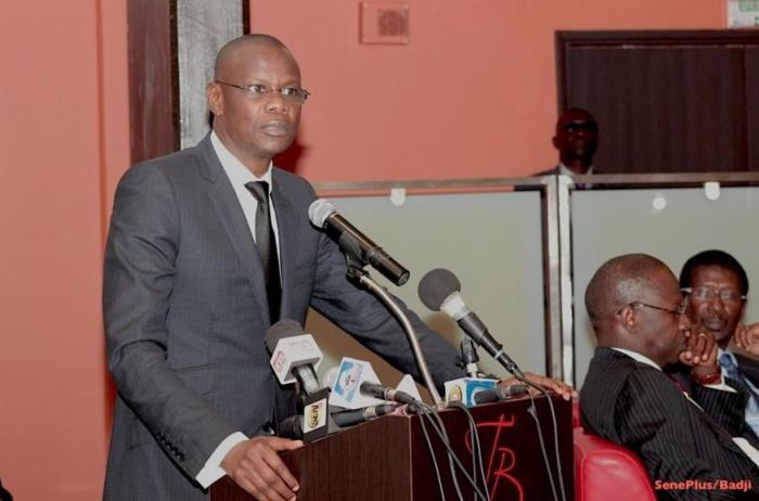 INSOLITE : Mor N'gom interrompt son meeting pour sauter de joie suite à la « victoire » d'Ama Baldé sur Tapha Tine...