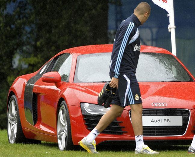 Real Madrid : Benzema (encore) arrêté au volant, alors qu'il n'a plus de permis de conduire