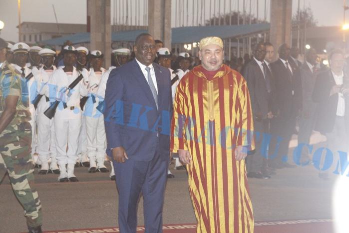 Les images de l'arrivée du roi du Maroc Mohamed VI à l'aéroport Léopold Sédar Senghor
