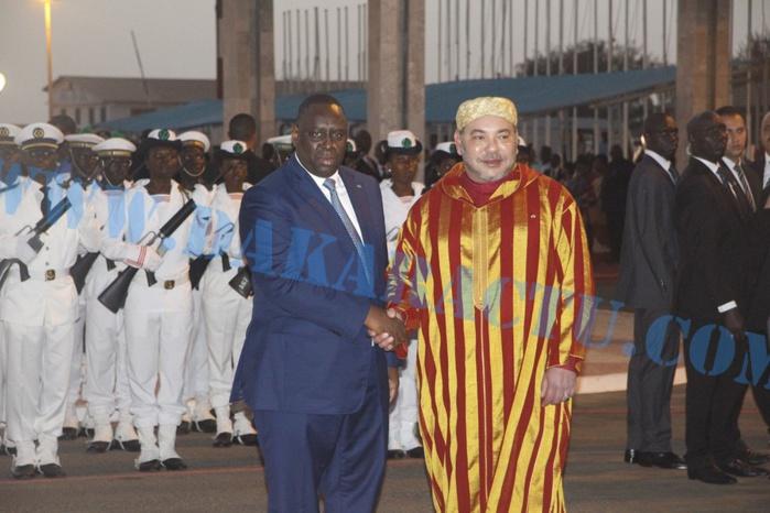 Le roi Mohamed VI se rend à Saint-Louis