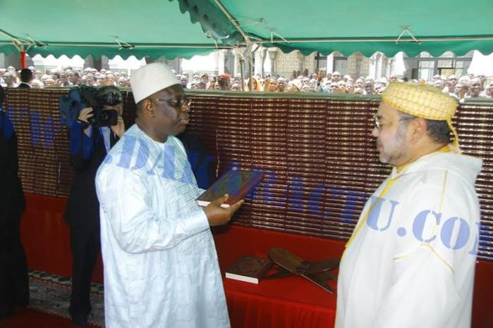 Le président Macky Sall et le roi du Maroc Mohamed VI ont effectué la prière de vendredi à la Grande Mosquée de Dakar