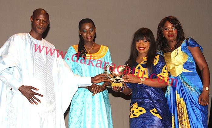 """Calebasse de l'Excellence 2015 : """"Kinkeliba"""", meilleure émission matinale au Sénégal"""