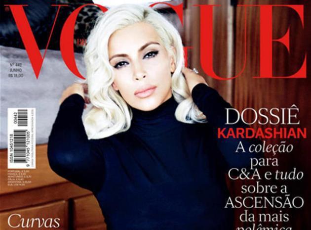 Kim Kardashian vamp blonde et topless pour le Vogue brésilien