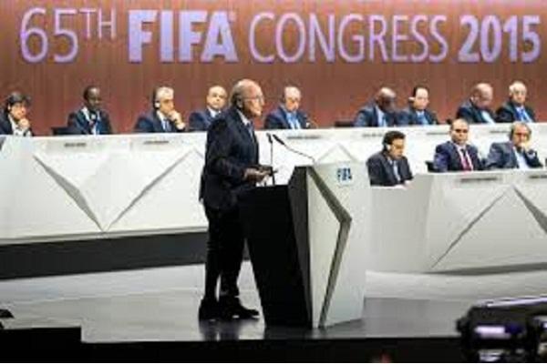 Alerte à la bombe au congrès de la FIFA, qui a repris