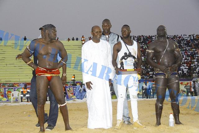 Stade Demba Diop : Les images du combat Sa Thiès contre Lac Rose de l'écurie Fass